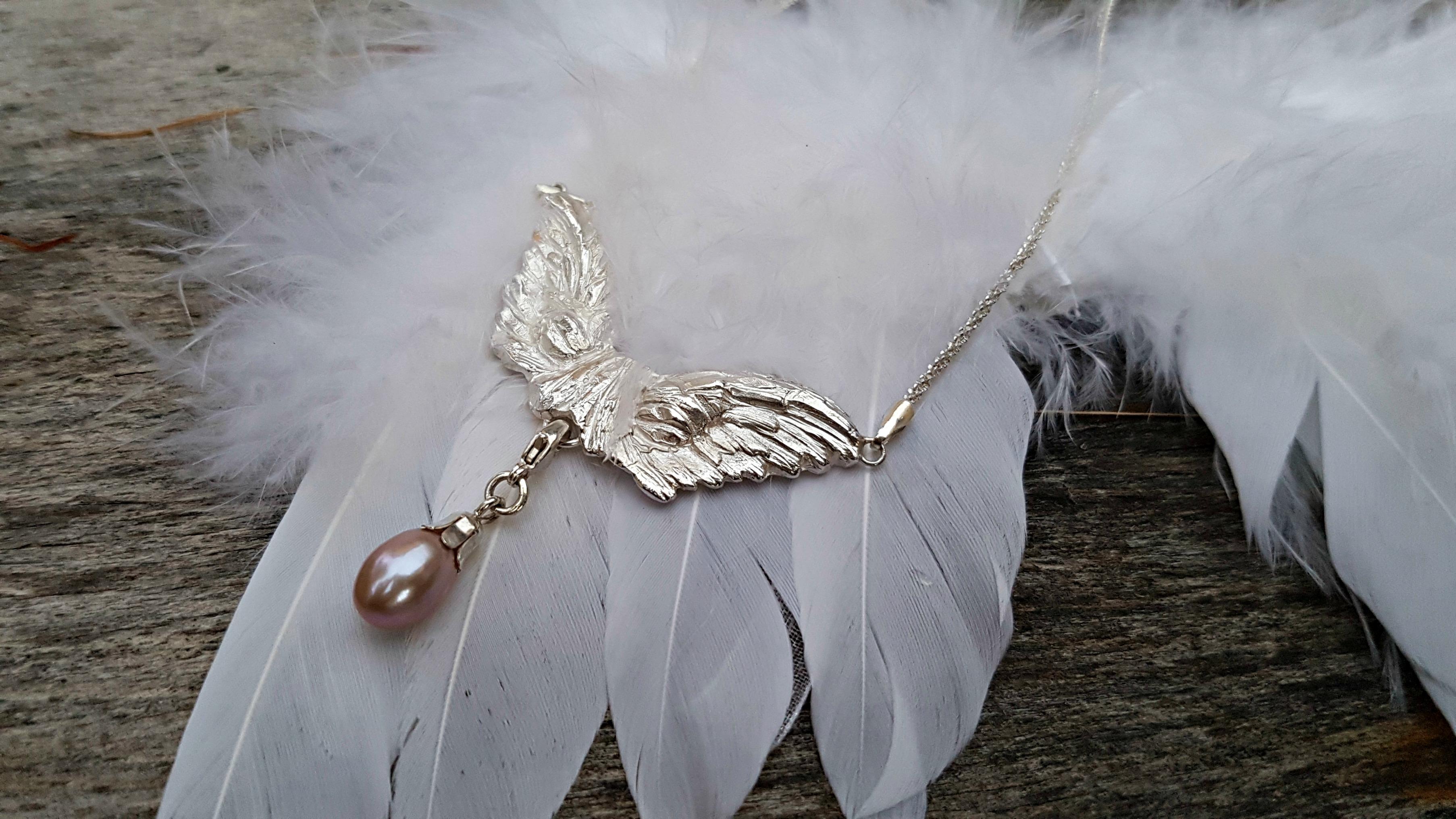 Carrousel-bien-etre-pendnetif-ange-perle-mousqueton